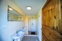 společné záchody a sprchy