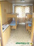 čtyřlůžková vybavená  chata č.13