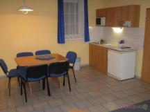 apartmán - vybavená kuchyňka