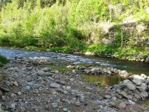 řeka Jizera v kempu
