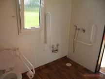 Bezbariérová sprcha a WC