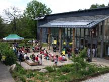 Sluneční dům - restaurace, recepce, ubytování v pokojích, interaktivní expozice