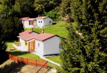 8x 10L domky, 30 pokojů